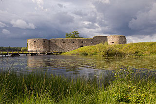Kronoberg Castle is the medieval ruin. Due to its strategic location near the border between Sweden and Denmark, at 1540s the castle was further fortified and became a stronghold in this part of Småland.