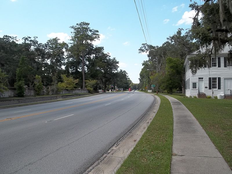File:GA Midway US 17 north01.jpg