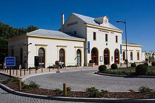Fontainebleau–Avon station