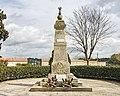 Garidech - Le Monuments aux Morts.jpg