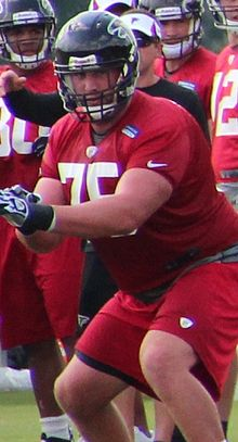 Garrett Reynolds (American football) 2013.jpg