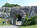 Gate in Roman Wall Pevensey Castle - geograph.org.uk - 1411419.jpg