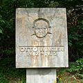Gedenkstein Otto Winzer.jpg