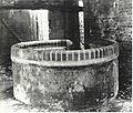Gesundbrunnen Brunnen Luisenhaus 1920.jpg