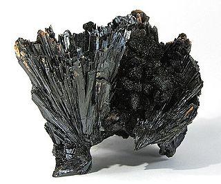 Goethite Iron(III) oxide-hydroxide named in honor to the poet Goethe