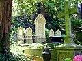 Grabanlage der Familie des Geheimen Kommerzienrates Wilhelm Landfried auf dem Heidelberger Bergfriedhof.JPG
