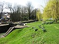 Grand Union Canal, Berkhamsted Top Lock No 53 - geograph.org.uk - 1213263.jpg
