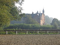 GravenkasteelHumbeek.JPG