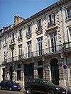 Hôtel 26, rue de Crosne.jpg