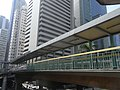 HK Wan Chai 告羅士打道 Gloucester Road footbridge view 東惠商業中大廈 Tung Wai Commercial Building.JPG