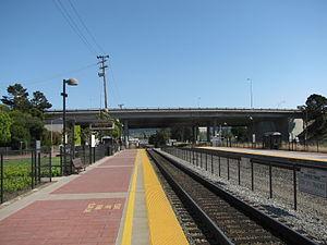 Hayward Park station - The Hayward Park boarding platform, 2009