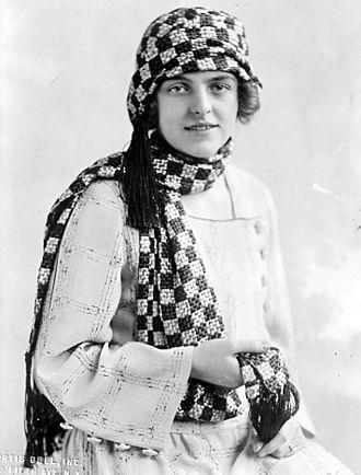 Helen Gahagan Douglas - Helen Gahagan, circa 1920s