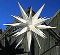 Herrnhuter Stern in Thalheim (Erzgebirge) 2H1A9171WI.jpg