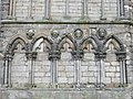 Holyrood Abbey carvings (geograph 3774774).jpg