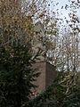 Huesca - Parque Miguel Servet - A los oscenses muertos 02.jpg