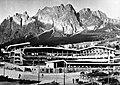 IJsstadion Cortina dAmpezzo (Italie) van olympische, Bestanddeelnr 906-9173.jpg