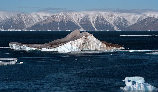 Icebergs in the High Arctic - 20050907