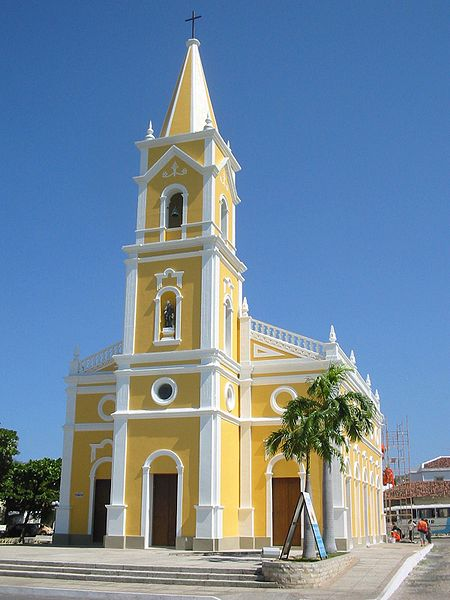 Ficheiro:Igreja-São-Vicente-Mossoró.jpg