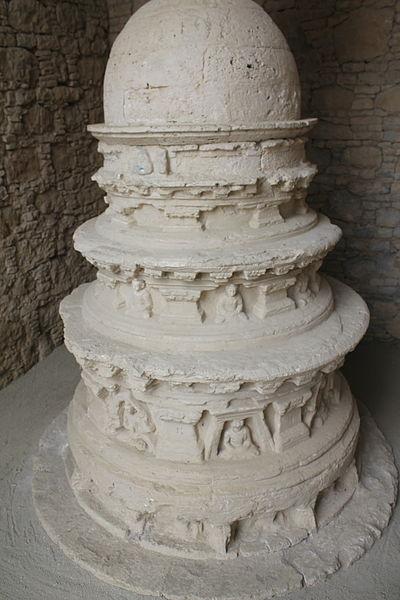 File:In situ - Complete Votive Stupa in a Chapel - Mohra Murado.JPG