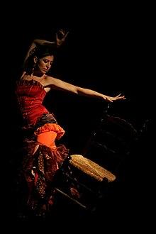 Costume De Danseuse De Flamenco Wikipedia