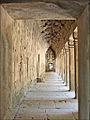 Intérieur dune galerie restaurée (Ta Prohm, Angkor) (6990990877).jpg