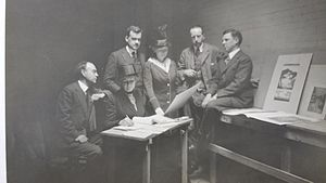 Bertha Jaques - Bertha Jaques (seated) on a jury for the Chicago Society of Etchers, 1919; photograph from the archives of the Cedar Rapids Museum of Art