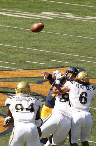 Jared Goff - Goff throws under pressure against UCLA in 2014.
