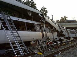 June 22, 2009 WMATA Collision - NTSB accident photo 422860.jpg