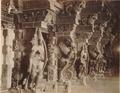 KITLV 92087 - Unknown - Pillars in the temple complex at Madurai Meenakshi Sundareshvara in India - Around 1870.tif