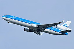 KLM:in MD-11
