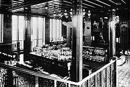 KaDeWe Archive of the KaDeWe, unknown photographer [Public domain], via Wikimedia Commons
