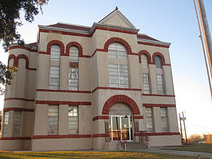 Karnes County, Texas - Image: Karnes County, Texas, Courthouse IMG 2720