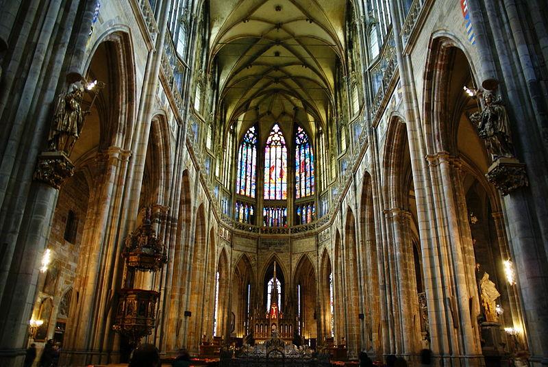 File:Katedrála Sv. Víta 3.JPG - Wikimedia Commons Собор Святого Вита Интерьер