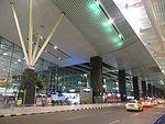 Kempegowda Airport curbside, July 2014.jpg