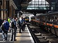 King's Cross railway station MMB 95 321406.jpg