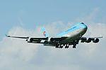 Korean Air Cargo, Boeing 747-400F HL7403 NRT (17800628904).jpg