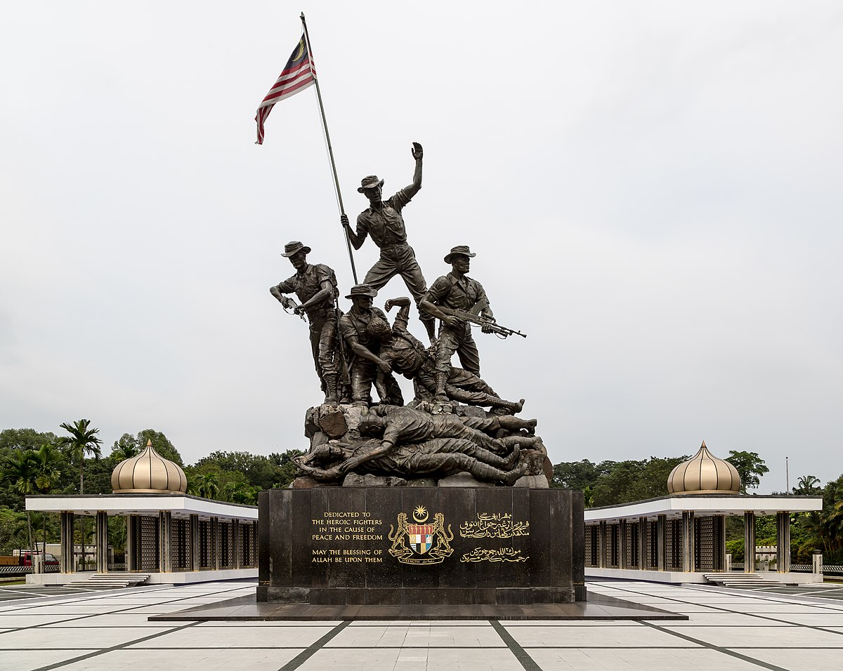 Image result for National Monument (Malaysia)  wiki indonesia