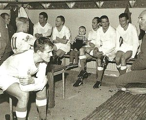 FC Kuusysi - The Upon Pallo team in the 1964 season. The team during half-time in one of the decisive matches of the season.