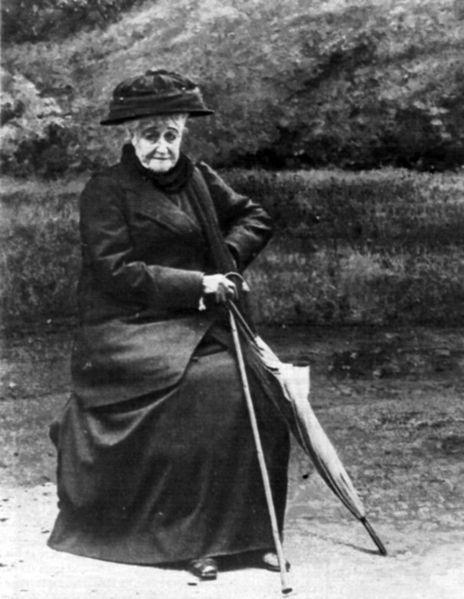 Fichier:L'Impératrice Eugénie en 1920.jpg