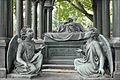 La tombe de Peter Louis Ravené (Berlin) (6295059531).jpg