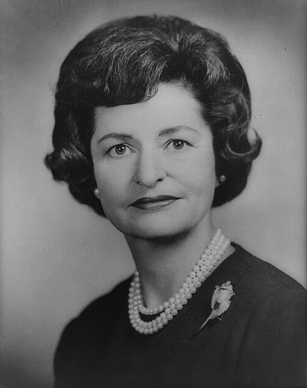Lady Bird Johnson, bw photo ca1962.jpg