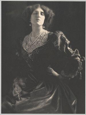 Lady Ottoline Morrell - Portrait of Lady Ottoline Morrell by Adolf de Meyer, c. 1912