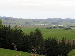 Lake Tuakitoto lake in New Zealand