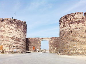 Lakhpat - Lakhpat fort gate