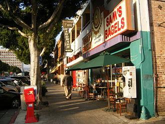 Larchmont, Los Angeles - Image: Larchmontsidewalk
