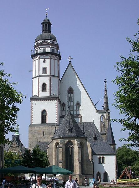 http://upload.wikimedia.org/wikipedia/commons/thumb/3/36/Leipzig_Thomaskirche.jpg/444px-Leipzig_Thomaskirche.jpg