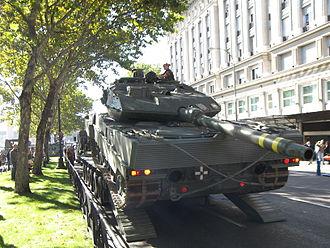 Leopard 2E - Leopard 2E driven on to a transport truck