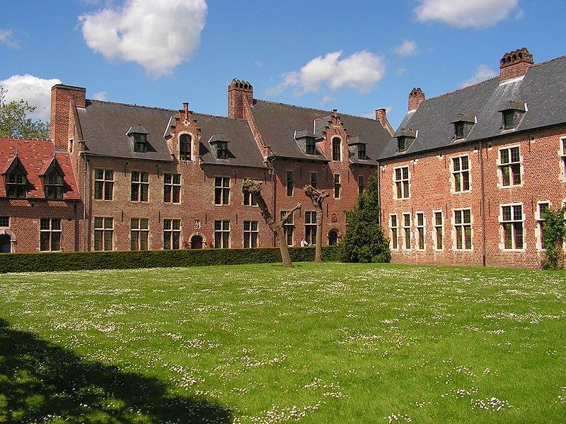 File:Leuven-Groot-Begijnhof.jpg