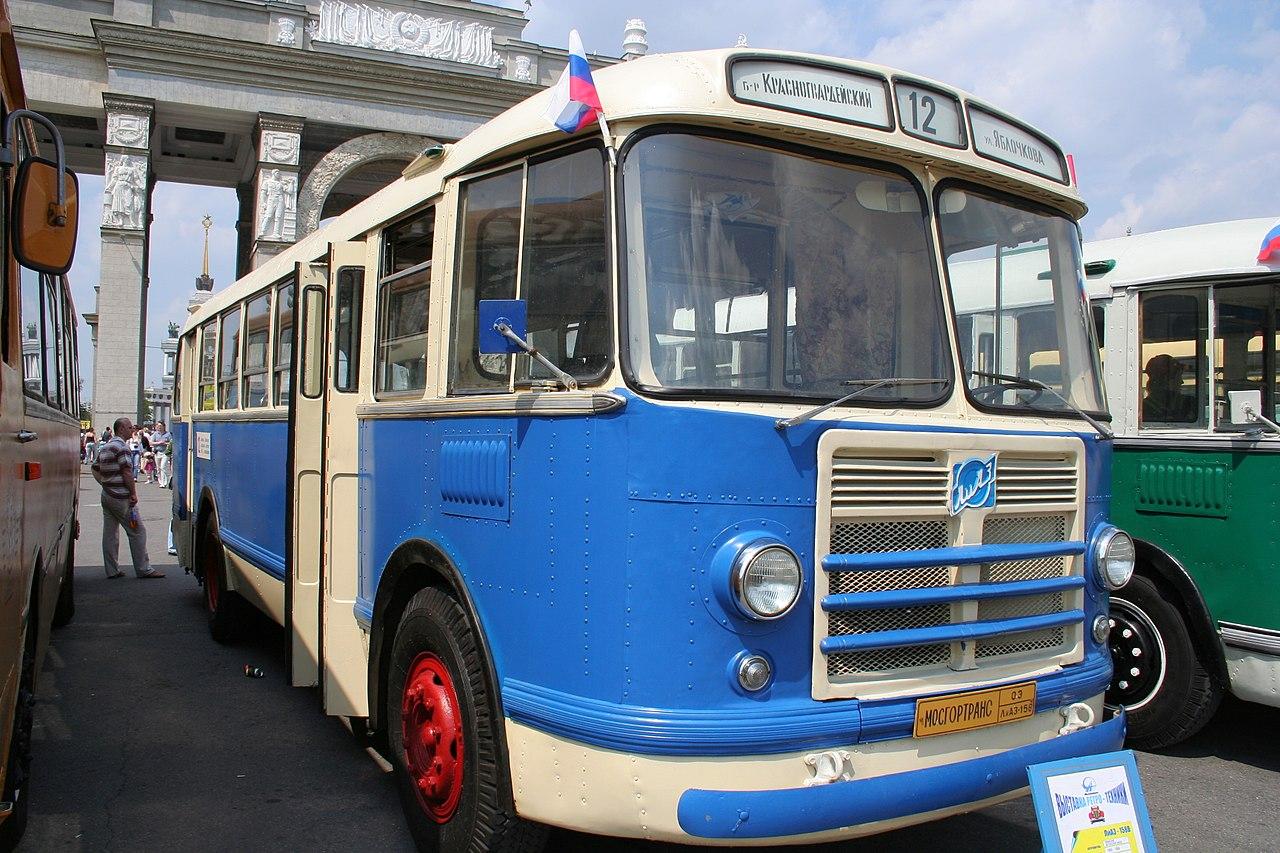 1280px-LiAZ-158_1965.jpg