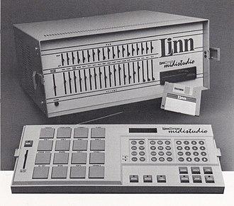 LinnDrum Midistudio - LinnDrum Midistudio integrated digital drum machine and MIDI keyboard recorder.